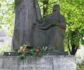 a-ket-bolyai-szobra